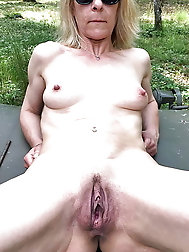 Nude Cunts of Grannys and Milfs