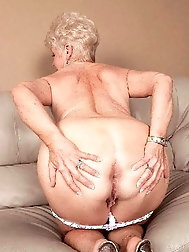 Blonde older M-I-L-Fs are posing fully nude