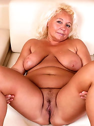 Mature whore is playing alone