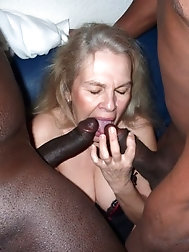 Horny grandma enjoys to pulverize