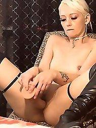 Hot Cougar Porn Pics
